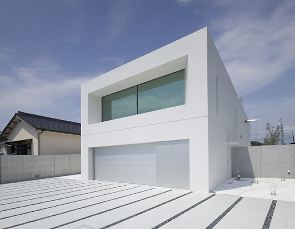 garden and sea house 2 Modern Minimalist Weekend House in Japan