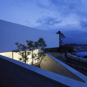 Garden House Design with Pentagon Roof