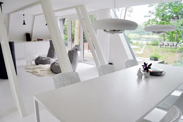 geometric-garden-house-proves-opposites-attract-3.jpg