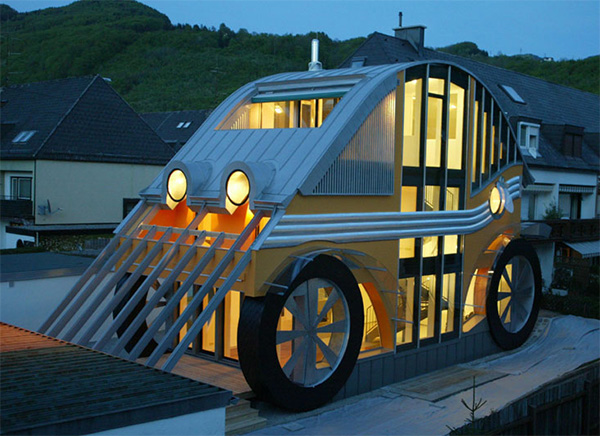 german architecture auto house 1 German Architecture To Get Your Motor Running!