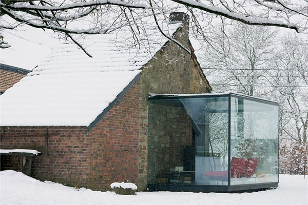 glass and brick houses belgium 2 Glass and Brick Houses: Blending Traditional Charm with Modern Flair in Belgium