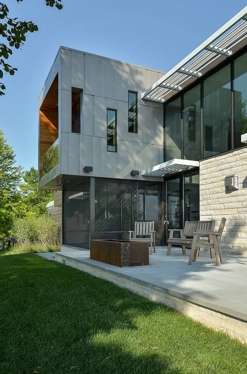 Glass Lake House Features Modern Silhouette of Earthy ... on Glass House Design Ideas  id=67015