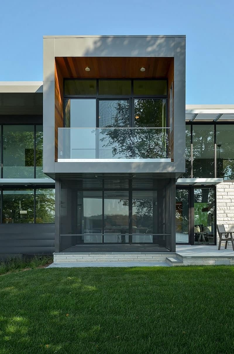 Glass Lake House Features Modern Silhouette of Earthy ... on Modern Glass House  id=88774