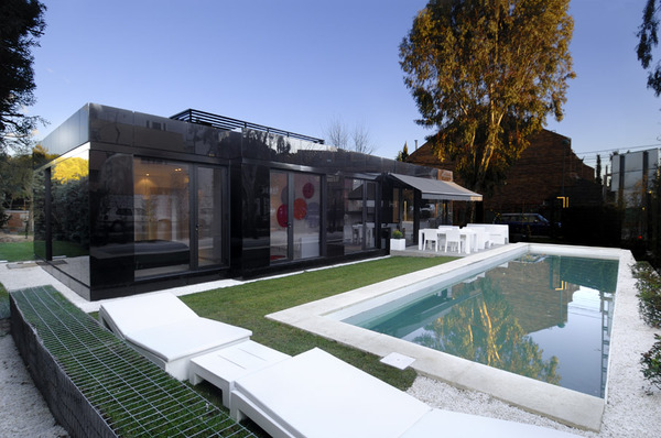Glass Prefab Homes – Black Glass Modular Home Design by A-Cero