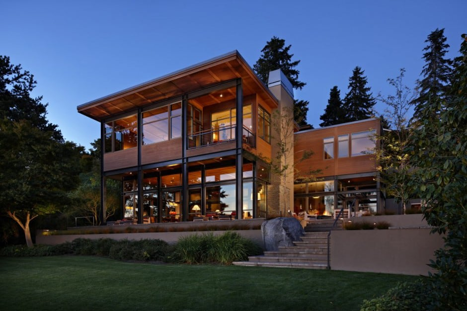 Captivating View In Gallery Grand Glass Lake House With Bold Steel Frame 1 Thumb  630x419 10604 Grand Glass Lake House