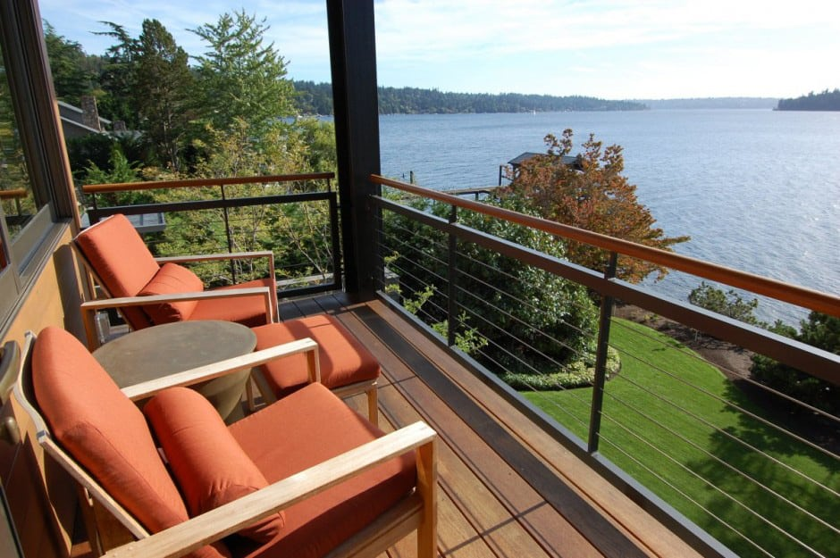 exceptional lake house designs with lake views #2: View in gallery grand-glass-lake-house-with-bold-steel-frame-