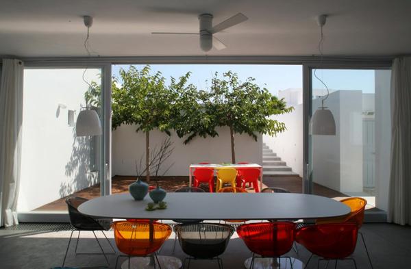 greek luxury villa brings indoors outdoors 3
