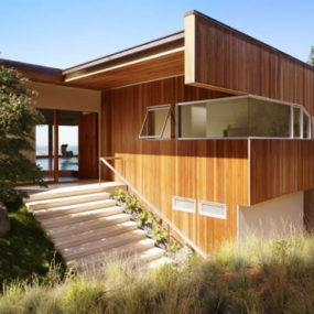 Modern Hillside House Rules the Hills in Berkeley, CA