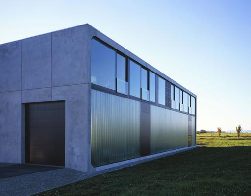 haus bold 2 Intriguing Concrete Design for a residential home
