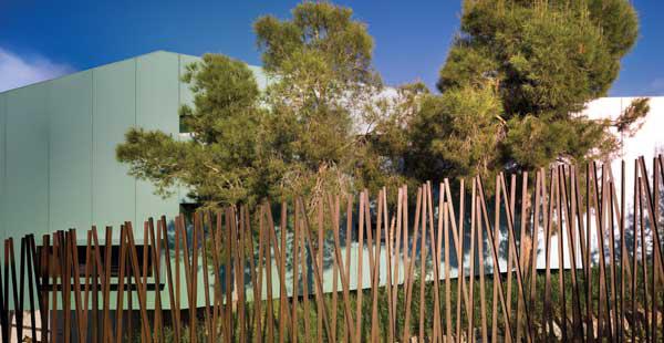 house-among-pines-spanish-architects-xpiral-7.jpg