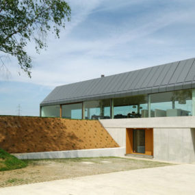 Urban Farmhouse in Slovenia Countryside – a barn outside, urban inside