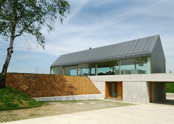 house hb 2 Urban Farmhouse in Slovenia Countryside   a barn outside, urban inside