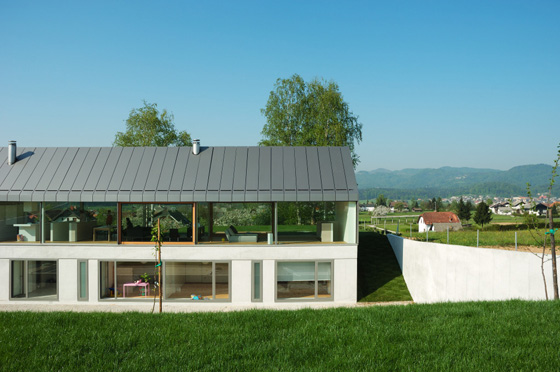 house hb 3 Urban Farmhouse in Slovenia Countryside   a barn outside, urban inside