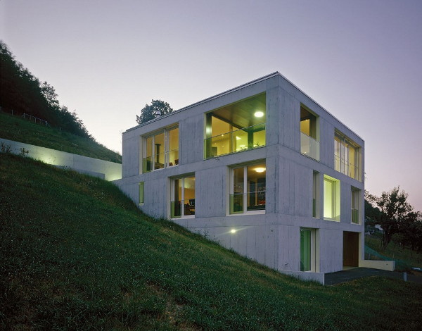 house kern 6 Concrete Home Design in Switzerland   modern concrete moves into rural!