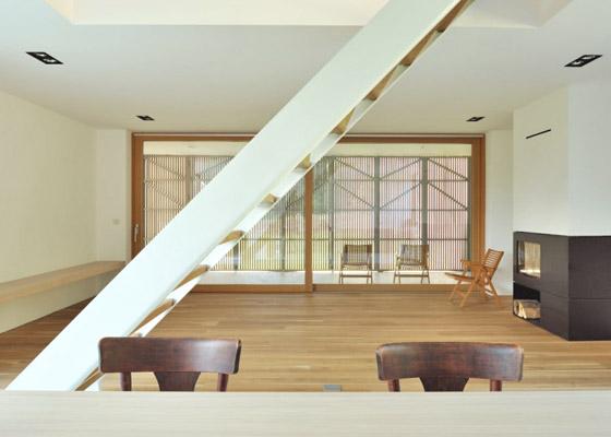house-r-6.jpg