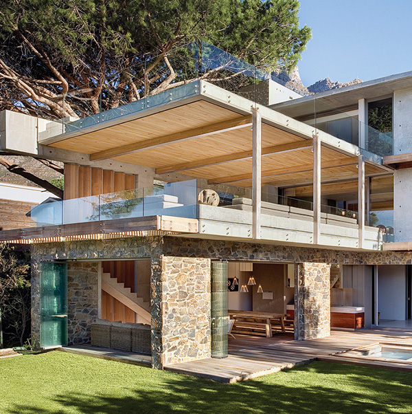 insanely-cool-house-engages-nature-16.jpg