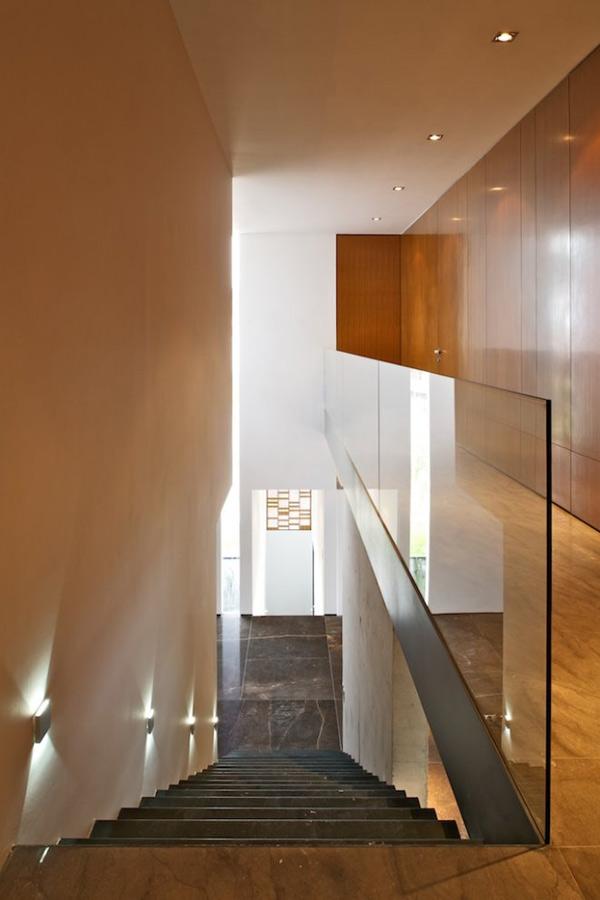 interesting-house-facade-modern-mexico-design-7.jpg