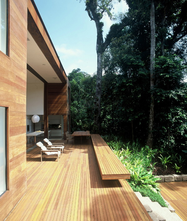 "iporanga house arthur casas 4 Luxury Brazilian House by Architect Arthur Casas   the ""Inside Out"" house"