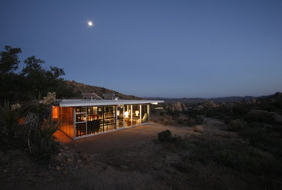 it house 1 Contemporary California iT House – Sustainable Prefab Design