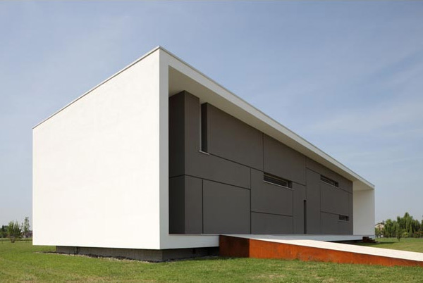 Italian home architecture super minimalist house design for Minimalist old house