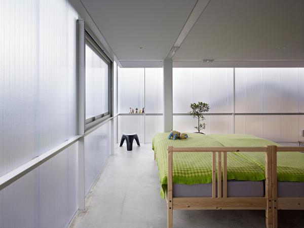 japanese-light-box-house-7.jpg