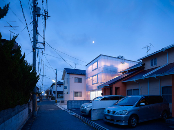 japanese-light-box-house-8.jpg