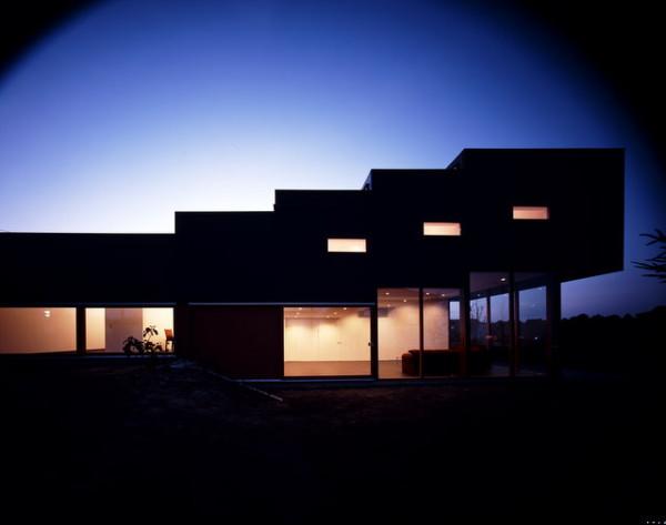 japanese-step-house-11.jpg