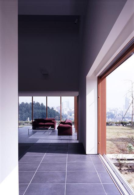 japanese-step-house-6.jpg