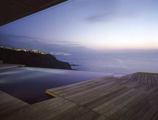 jardin del sol 2 Glass and Concrete House Design in Canary Islands, Spain   a view to die for!