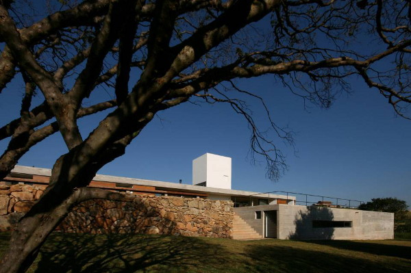juanopolis-house-1.jpg