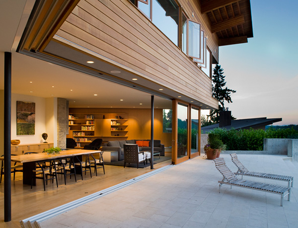 lake washington house 4 Luxury Lake Home by Architect Peter Cohan is a dream come true for outdoor lovers