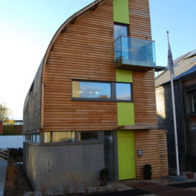 UK First Net-Zero Carbon Self-Built Home – Stepping Stone to Sustainability