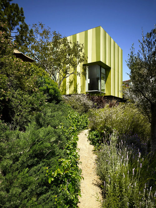 "little green house 7 Modern Guest House will have you ""Green"" with Envy"