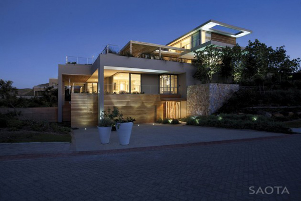 luxurious lived in beach house in south africa 1 Luxurious Lived In Beach House in South Africa