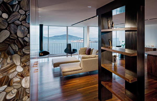 luxury penthouse apartment san francisco 1 Luxury Penthouse Apartment Overlooking San Franciscos Aquatic Park