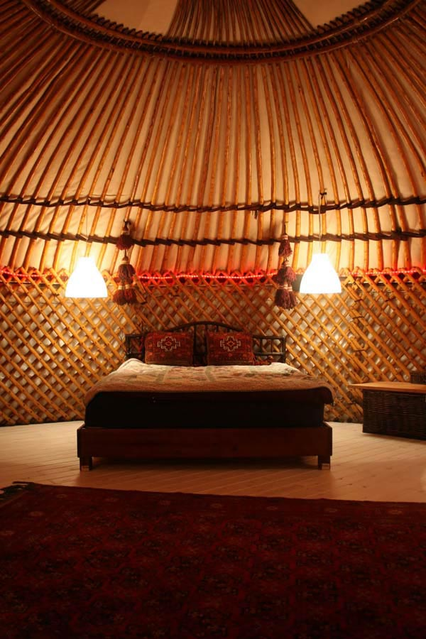 luxury-yurts-hand-crafted-homes-by-bohoyurts-5.jpg