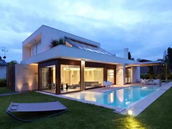 Modern Maison De La Lumiere in Bologna, Italy - a hi-tech haven for ...
