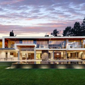 Ultramodern Hillside Los Angeles Jet-Set Estate