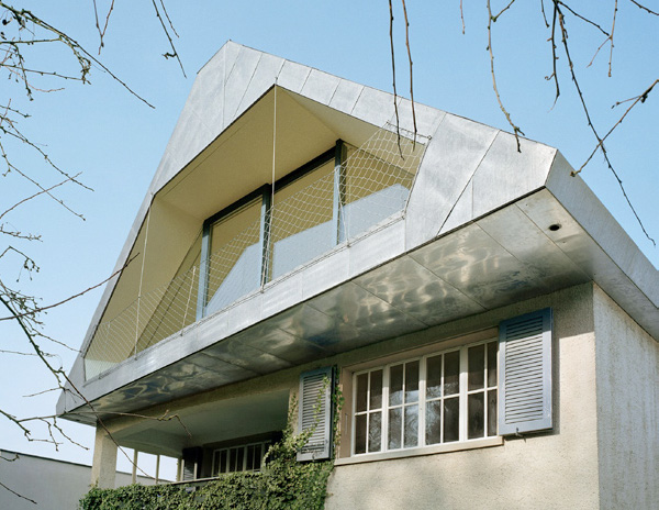 metal roof hhf 3 Tin Roof House in Switzerland