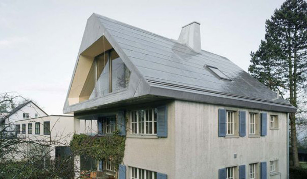 Tin roof house in switzerland for Tin roof house designs
