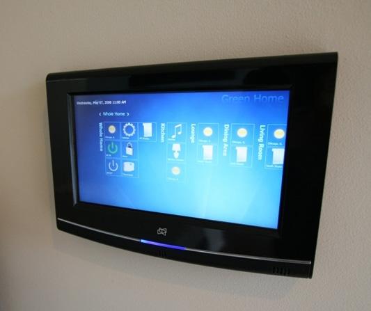 michelle-kaufmann-solaire-smart-home-controls.jpg