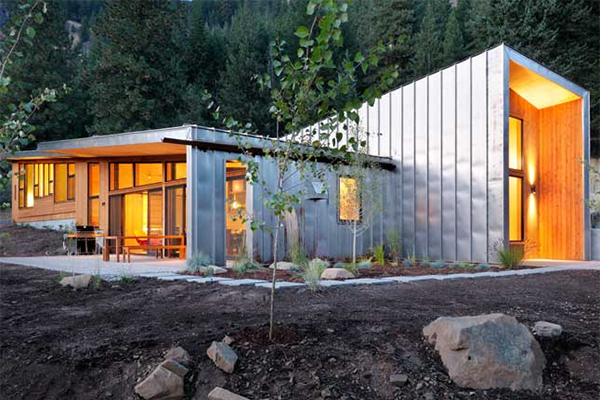 miners residence 2 Modern Cabin in Mazama, Washington by Johnston Architects