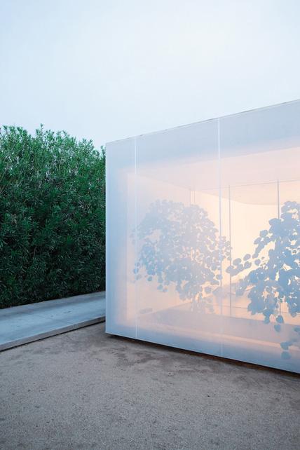 minimalist-studio-home-3.jpg