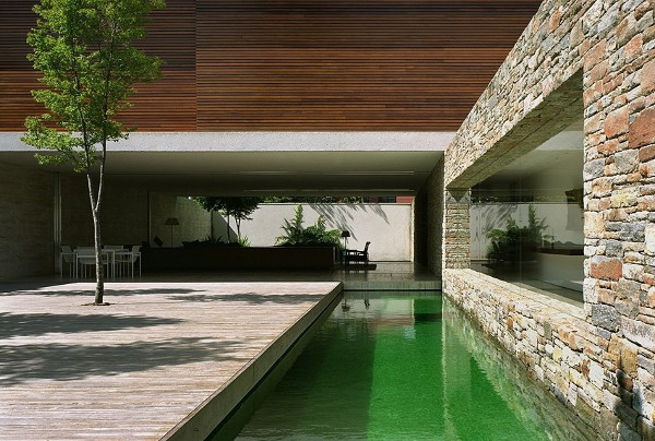 mirindiba house 1 Luxury Cave House by Architect Marcio Kogan