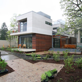 Michelle Kaufmann mkSolaire Smart Home – Wired, Contemporary and Eco-Friendly Urban Living