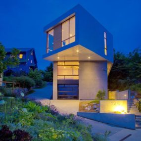 Modern Geometric Architecture – Urban Seattle Home