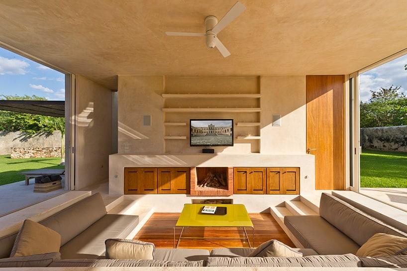 Modern hacienda style guest house for Modern rest house design