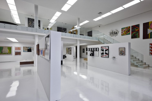 Modern House Gallery for Art and Architecture Lover