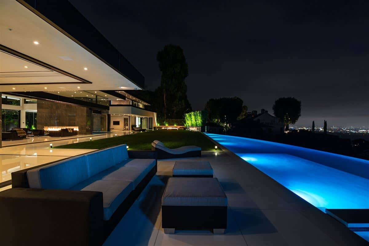 This Modern Masterpiece With Best Views In Bel
