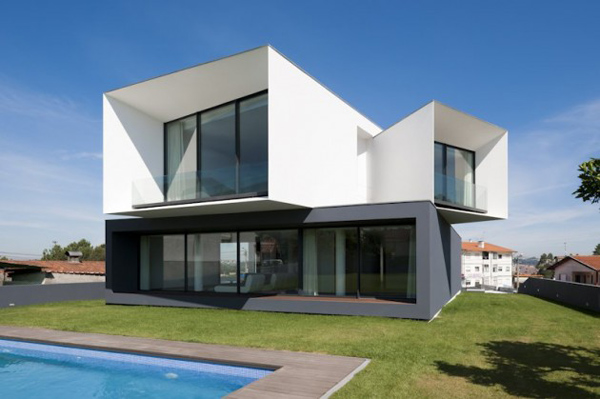 modern multi level house portugal 1 Modern Multi Level House in Portugal captures snapshots of its surroundings